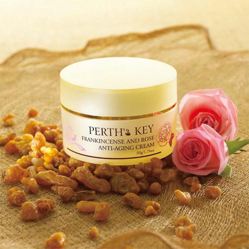 臉部保濕霜,保濕修護霜,乾性肌膚保養,乾性肌膚保濕,乾燥肌膚保養,肌膚老化保養