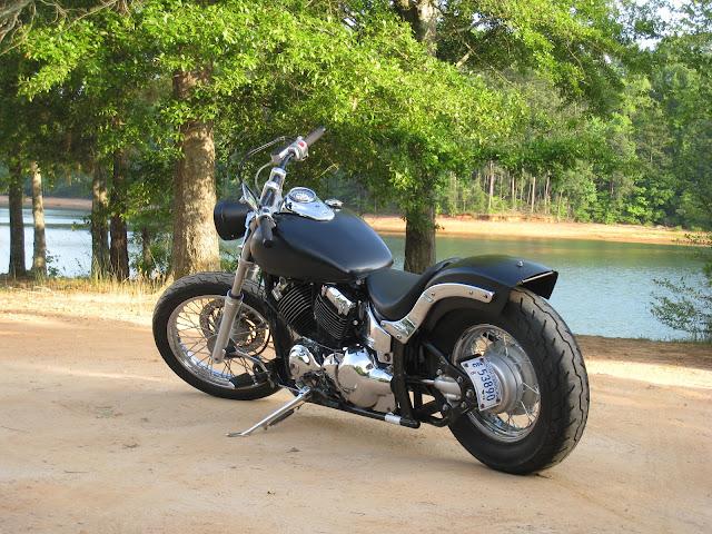 FS: 2002 Yamaha V Star 650 Custom,