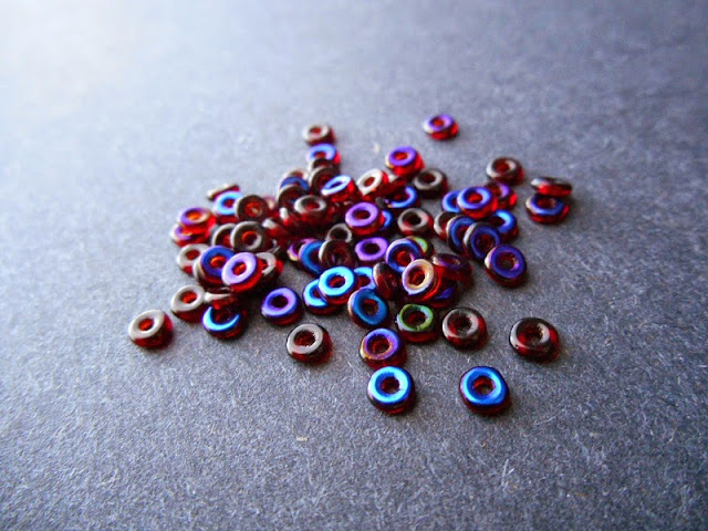 Red Azuro Czech Glass O Beads