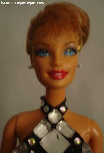 Barbie OOAK designs by Taque-Taque: clon del diseño de Philipp Plein, foto del busto