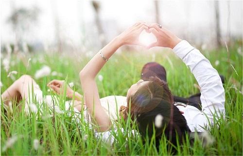 Thơ tình lãng mạn