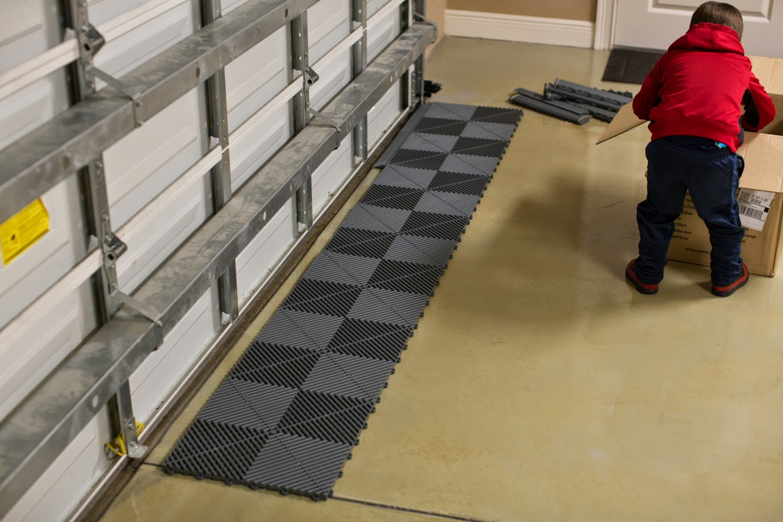 Swisstrax flooring obsessed garage blog good parenting dailygadgetfo Gallery