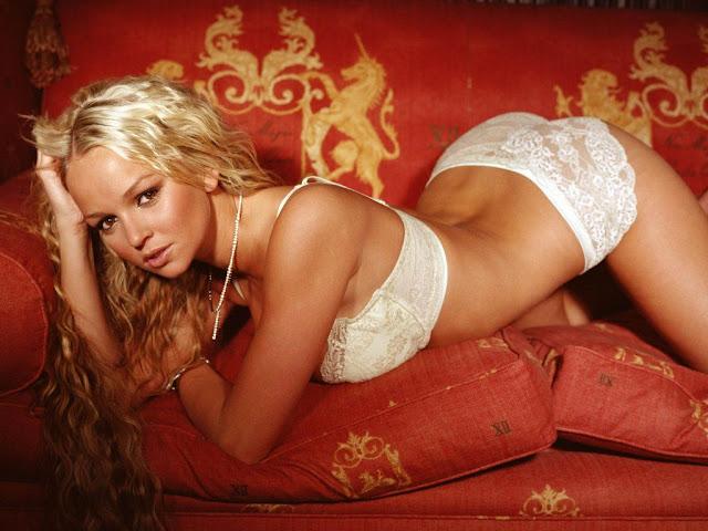 Nude Jennifer Ellison Picture 1024x768 Background