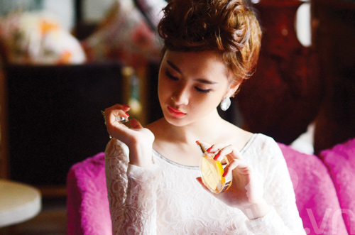Tủ đồ sắc đẹp trong túi Angela Phương Trinh - 6