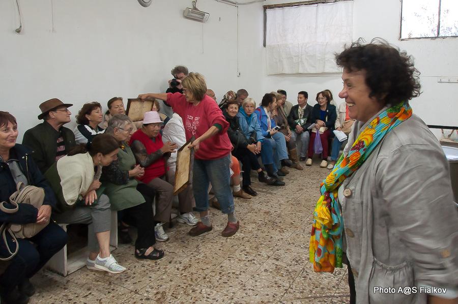 Мед в Израиле. Экскурсия в Израиле, гид Светлана Фиалкова.