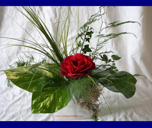 bloemstuk rode roos w.jpg