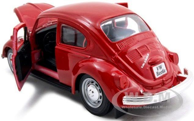 Xe ô tô Volkswagen Beetle Maisto 31926 tỷ lệ 1/24 mở được cánh cửa và nắp capo