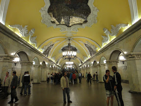 Kosmosmolskaya - The Most Beautiful Metro Station