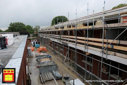 Appartementencomplex de linde  heeft zijn hoogste punt bereikt overloon 28-06-2013 (28).JPG