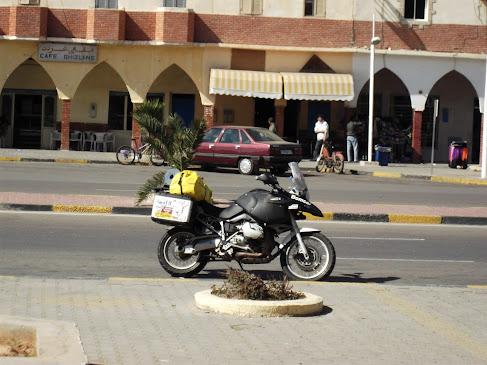Marrocos e Mauritãnia a Queimar Pneu e Gasolina - Página 9 DSCF1003