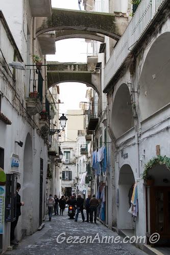 Amalfi çarşısı