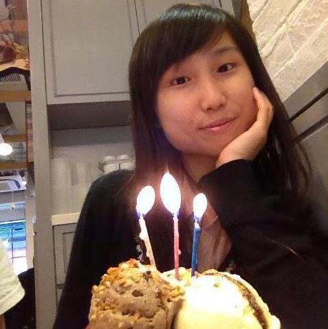 Joanne Yan Photo 15