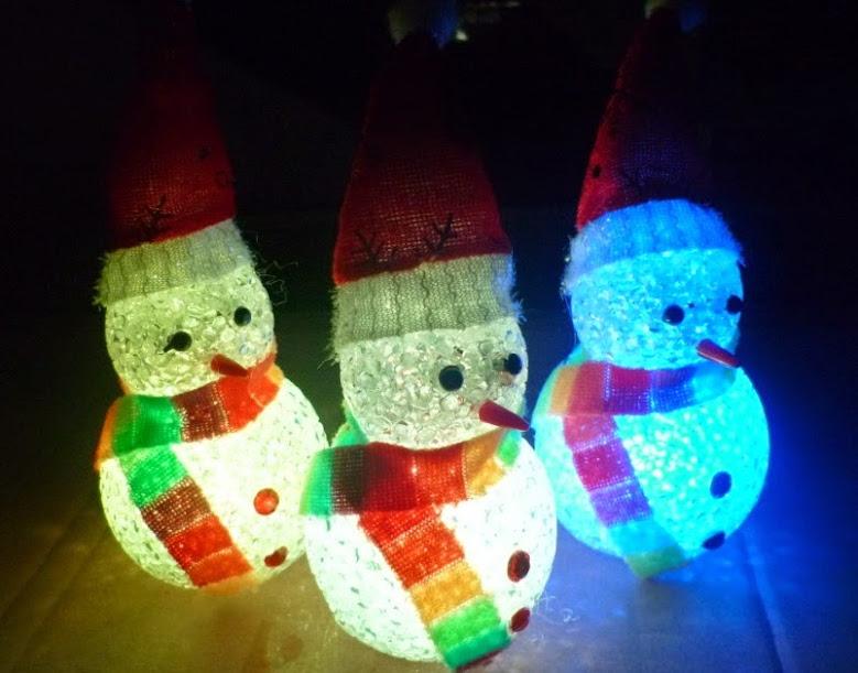 LED-Christmas-tree-snowman.jpg
