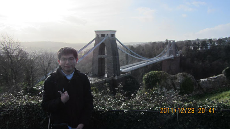 Superkid在Bristol的知名景點Clifton Suspension Bridge
