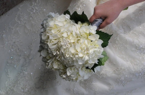 Wedding Flowers With Hydrangea : Bouquet bridal february