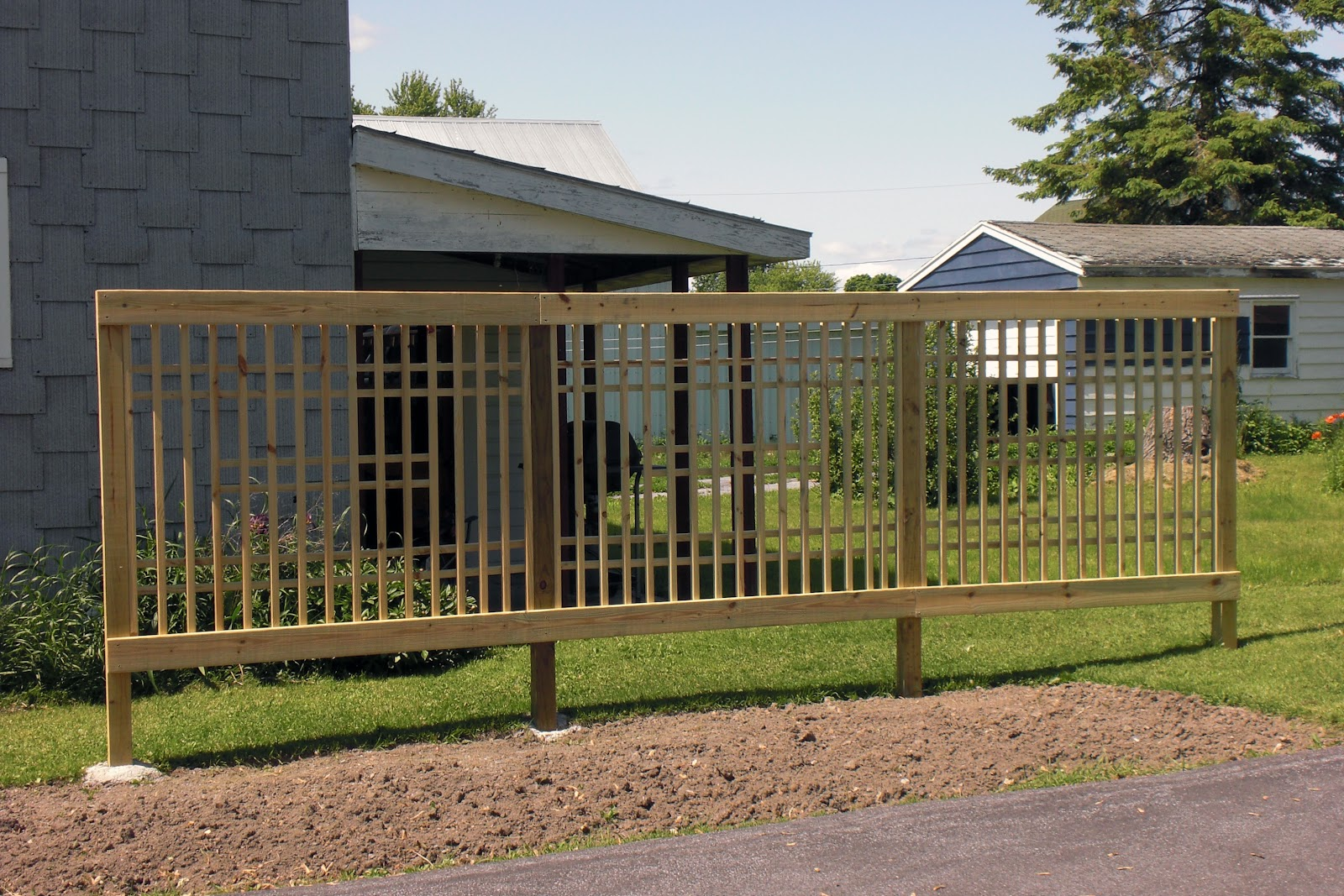 how to put up trellis on fence for privacy