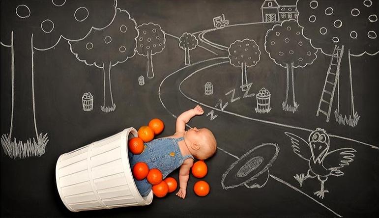 *嬰兒的奇幻黑板冒險:趁熟睡中惡搞一番! 1
