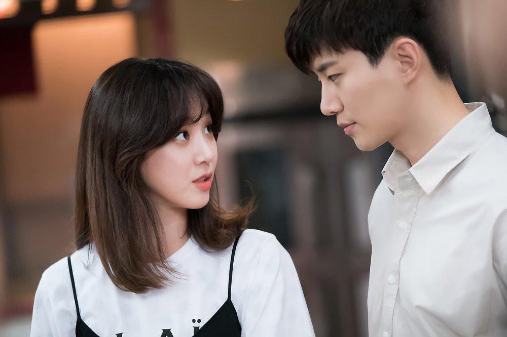 Jung Ryeo Won trong Wok Of Love: VDIVOV Lip Cut Rouge Velvet