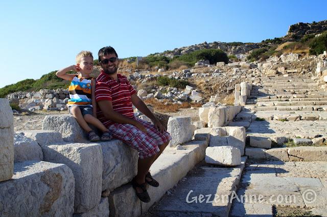 Datça'nın en ucundaki Knidos antik kente dolaşırken