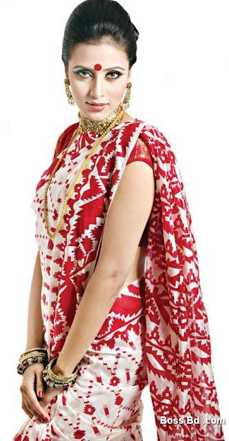 Actress Mim