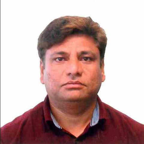 Rais Khan