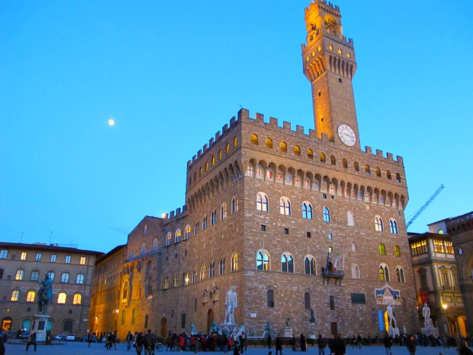 A Palazzo Vecchio, vagyis a Régi Palota a Piazza della Signorián