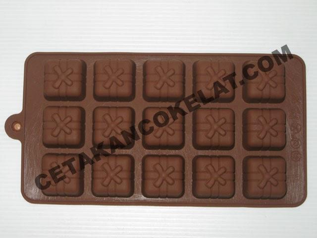 cetakan coklat kado