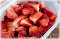 crumble-rhabarber-erdbeeren-fruehling.jpg