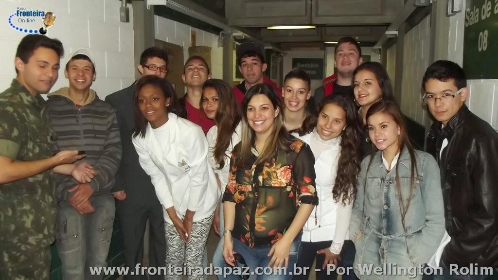 Feira de Ci�ncias na Escola Estadual de Ensino M�dio Dr.S�lvio Ribeiro