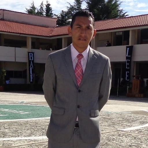 Arnold Paredes Photo 7