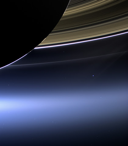Saturn's rings, Earth and its moon from Cassini