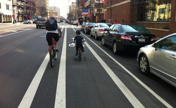La Bici en Chicago. Los atascos antes y después de hacer un carril bici