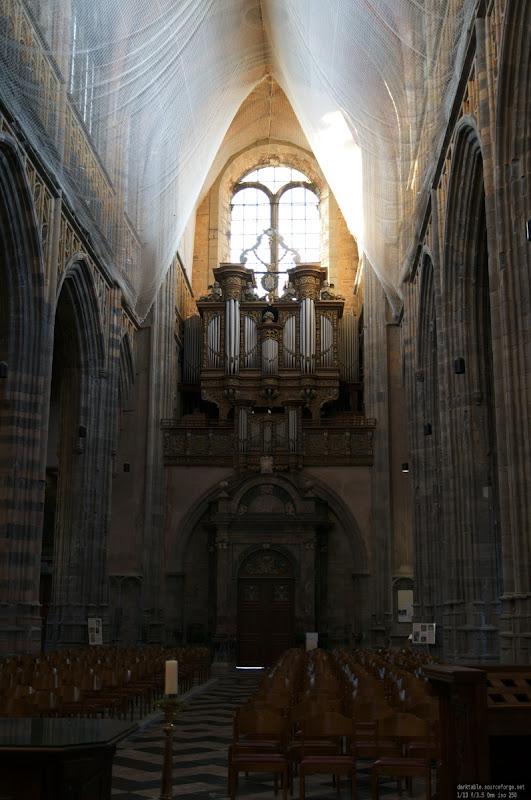 Basilique de Saint Hubert Saint_hubert_2012-1-15_042