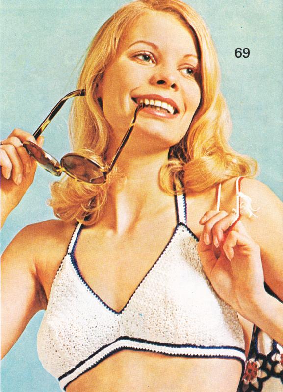 Tricot vintage : Bikini au crochet pour tailles 36 - 38 - 40. - Pour vous Madame, pour vous Monsieur, des publicités, illustrations et rédactionnels choisis avec amour dans des publications des années 50, 60 et 70. Popcards Factory vous offre des divertissements de qualité. Vous pouvez également nous retrouver sur www.popcards.fr et www.filmfix.fr