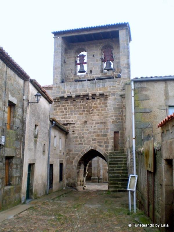 Torre de las Campanas, uno de los hitos más antiguos de San Felices de los Gallegos