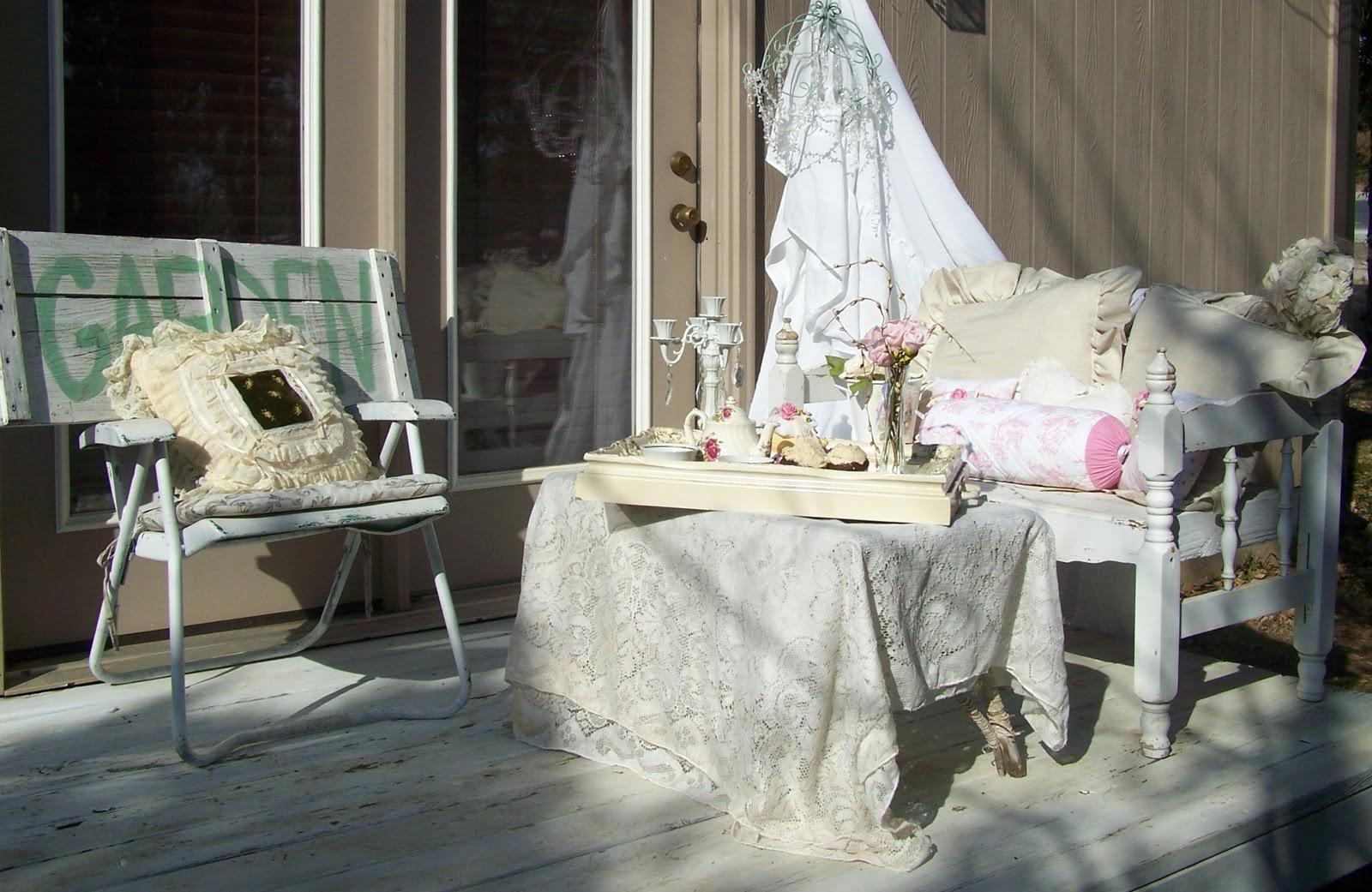 olivia 39 s romantic home tiny romantic porch. Black Bedroom Furniture Sets. Home Design Ideas