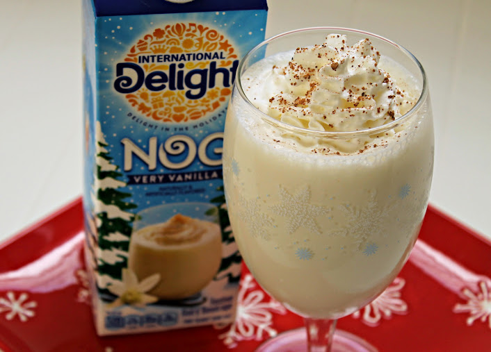 Very Vanilla Eggnog Milkshake Recipe #HolidayDelight #IDelight