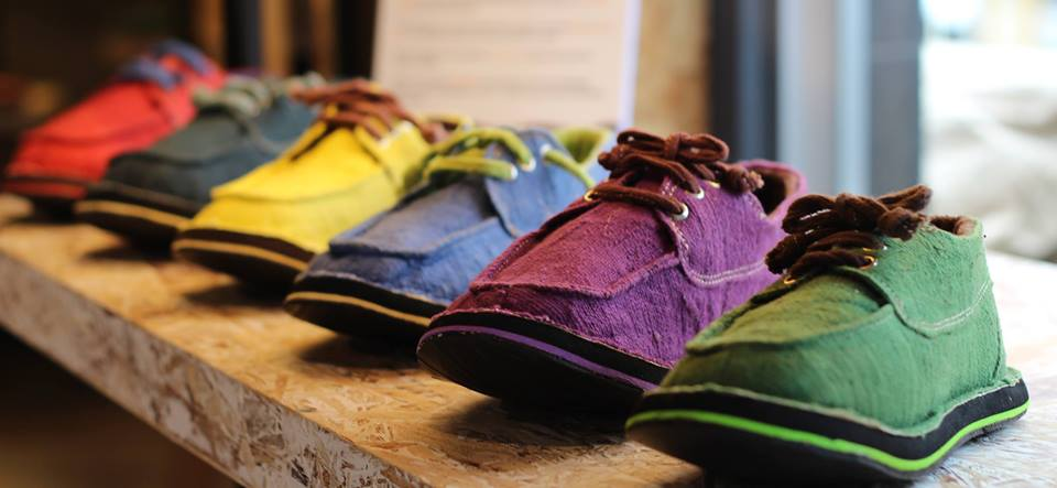 we proudly hand spin and hand loom every single metre of fabric that makes up our amazing shoes . . . right down to the  laces. the result - WALK NAKED.jpg