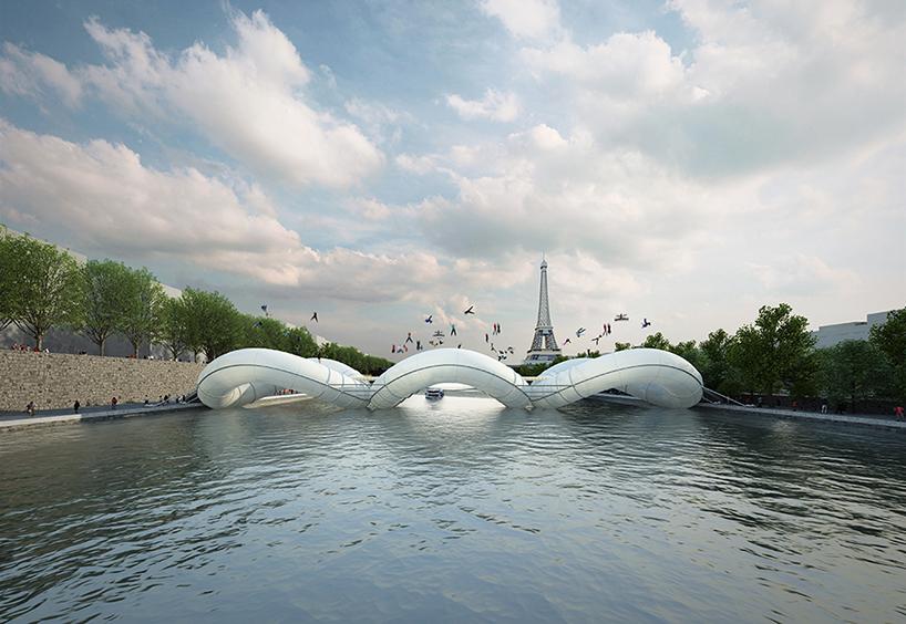 *AZC新構思 巴黎「彈簧橋」:彈著過塞納河! 2