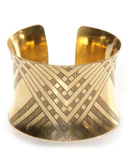 Cuff Bracelet [SOURCE]
