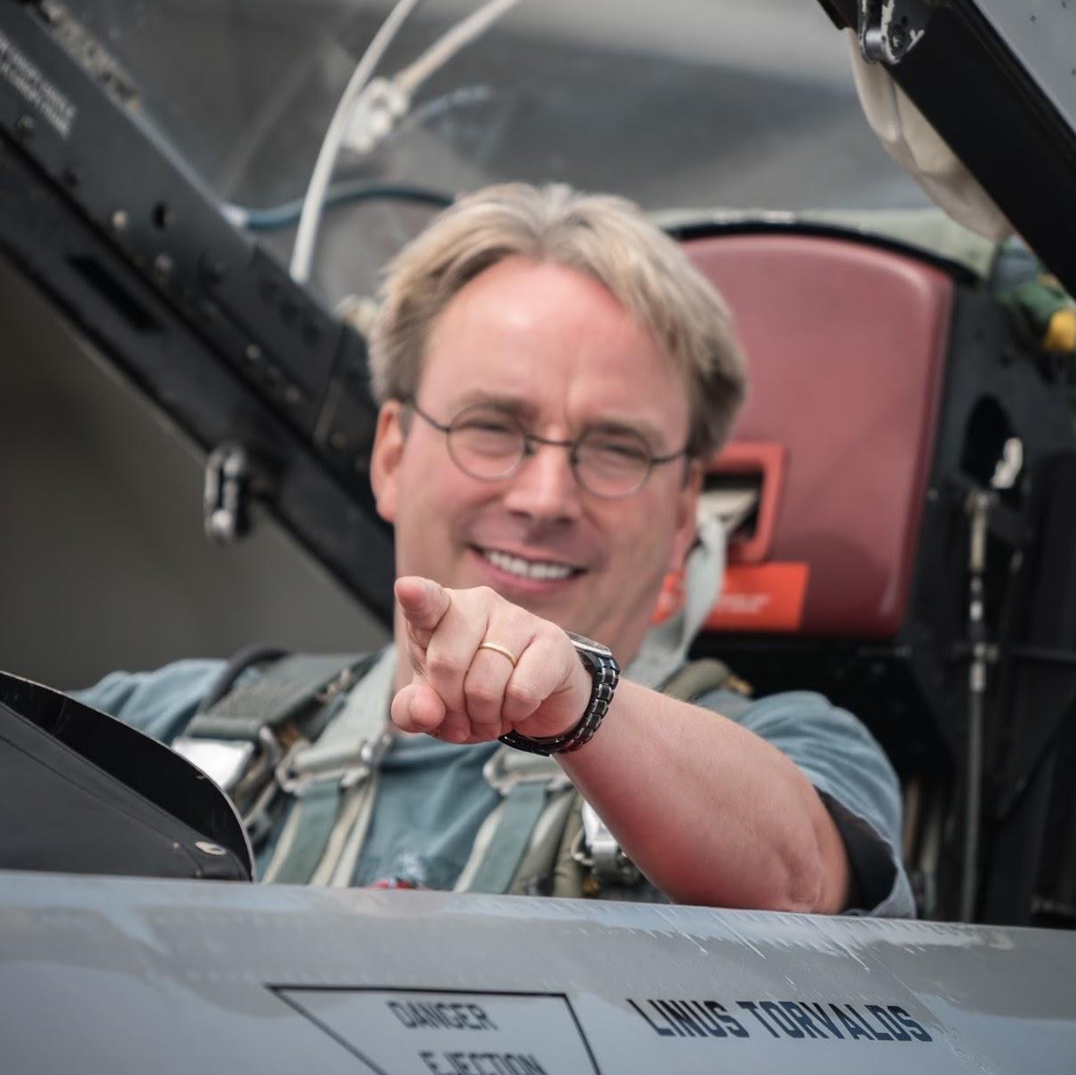Linus Torvalds httpslh4googleusercontentcomYESIDYRHpkAAA