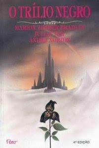 A série Trílio de Marion Zimmer Bradley, Julian May e Andre Norton, Rocco