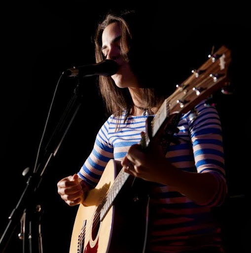 Briana White Photo 29