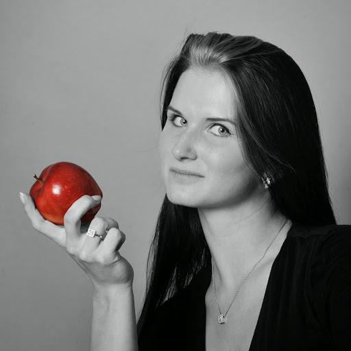 Laura Klein Photo 37