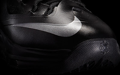 nike lebron 10 gr black anthracite 7 10 Release Reminder: Nike LeBron X Carbon / Black Diamond