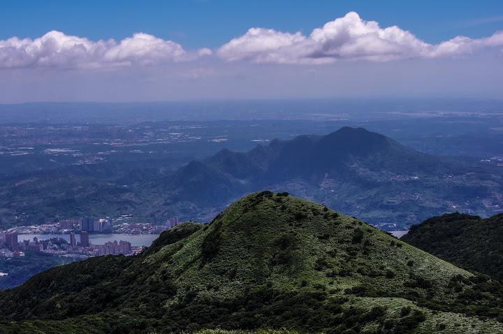 晴朗的颱風天  大屯山&七星山 13P (DA55-300)