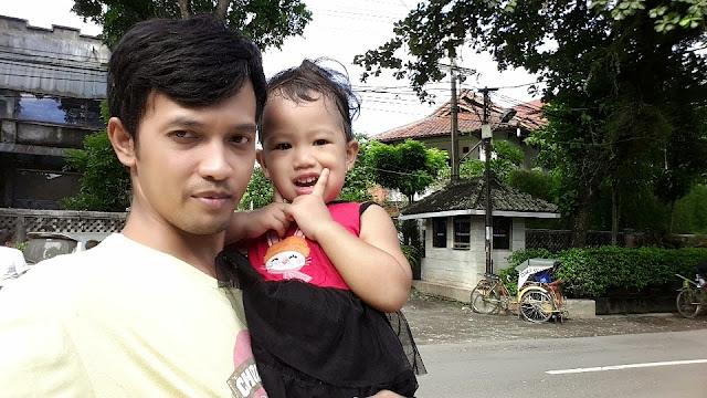 Selfie di depan rumah Bu Susi Menteri Perikanan