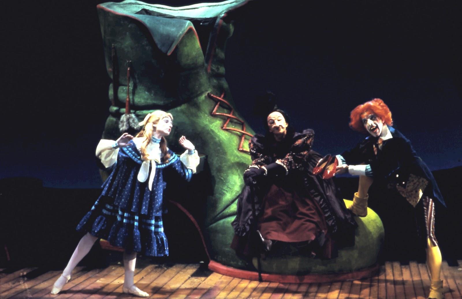 Red Shoes Theatre Company Davis