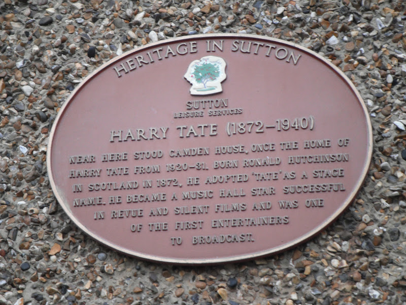 Photo of Harry Tate and Camden House red plaque