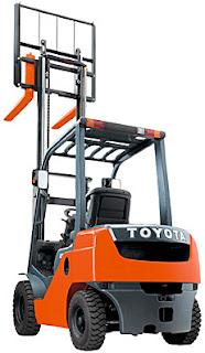 Xe nâng hàng Toyota chạy dầu diesel